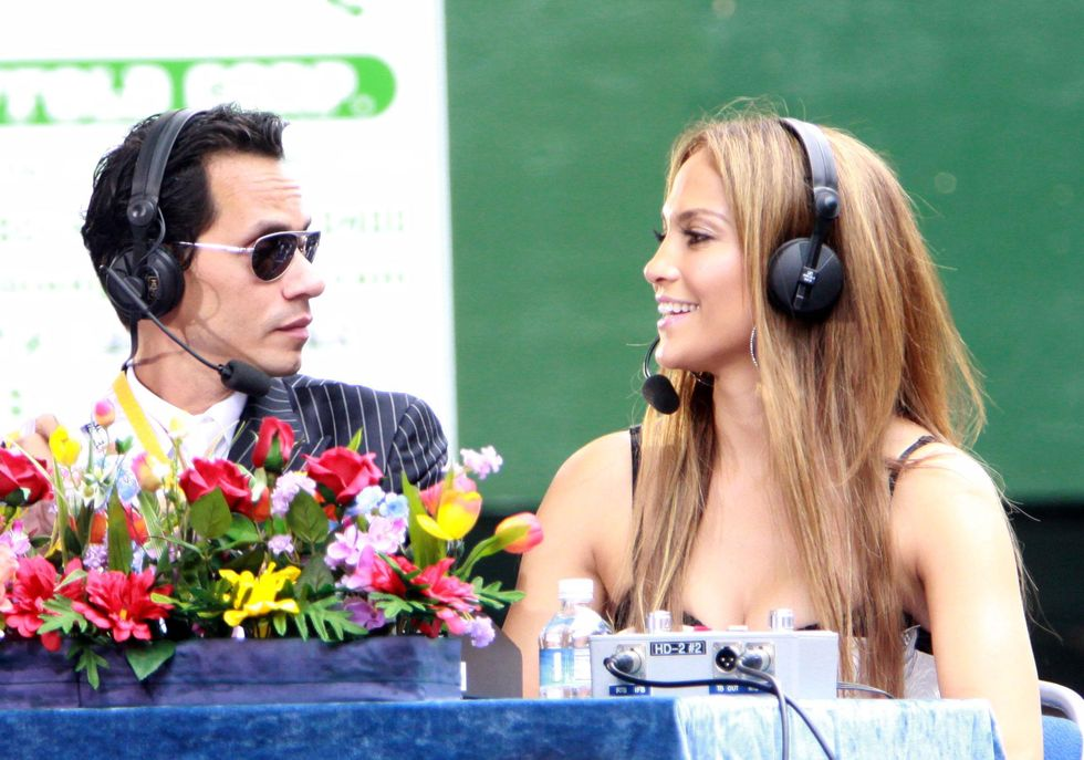 Jennifer Lopez 2010 : jennifer-lopez-at-puerto-rican-day-parade-jun-2010-26