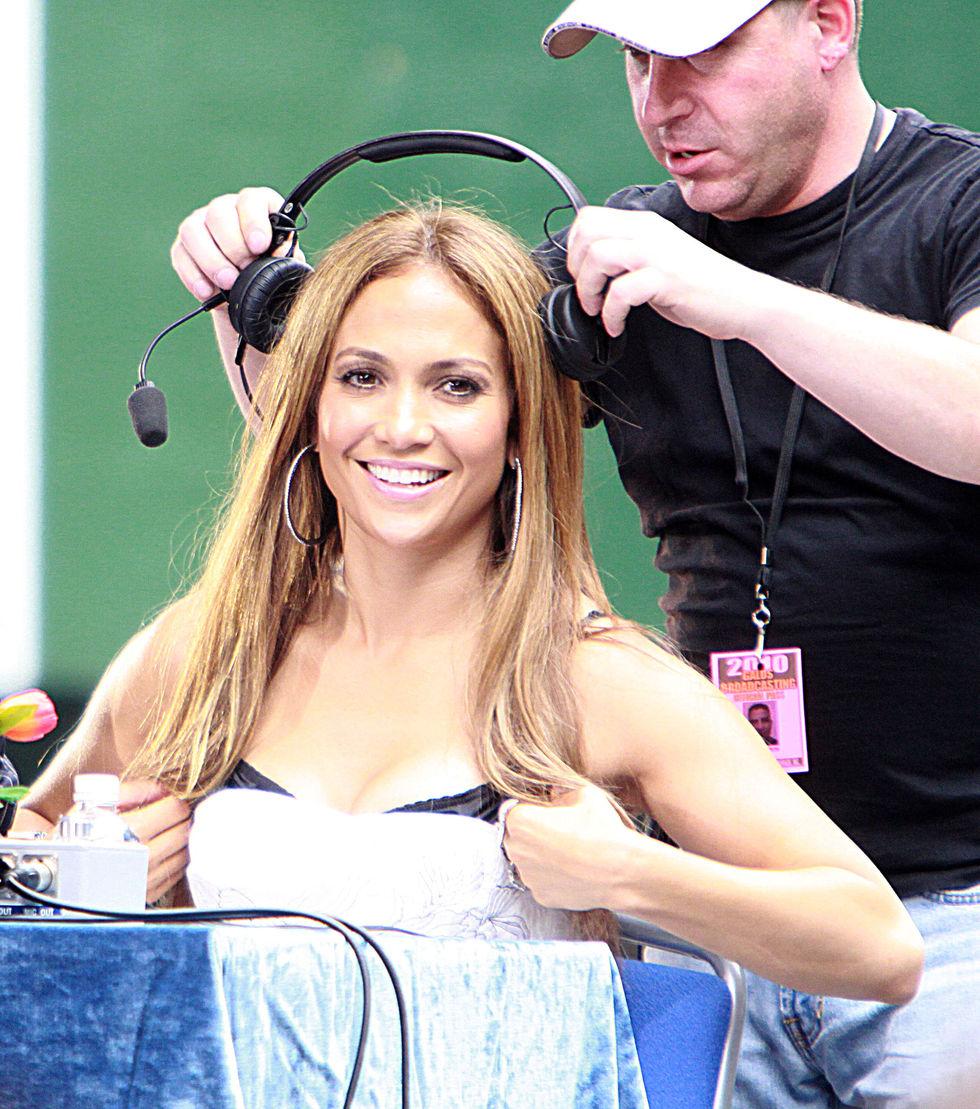 Jennifer Lopez 2010 : jennifer-lopez-at-puerto-rican-day-parade-jun-2010-27