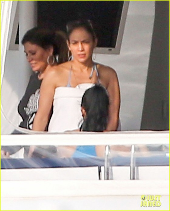 Jennifer Lopez – Bikini on a yacht in Miami-11