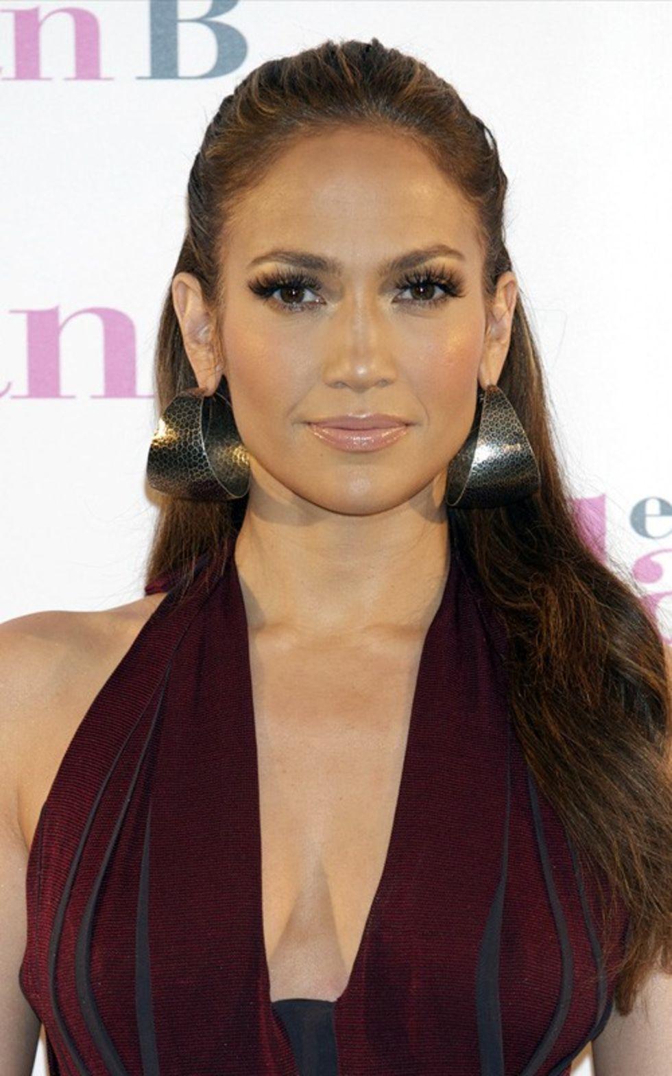 Jennifer Lopez 2010 : jennifer-lopez-candids-in-spain-03