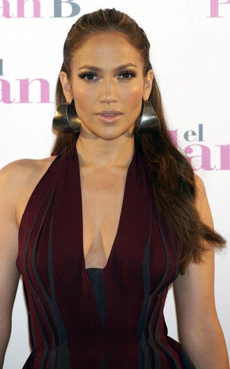 Jennifer Lopez 2010 : jennifer-lopez-candids-in-spain-05