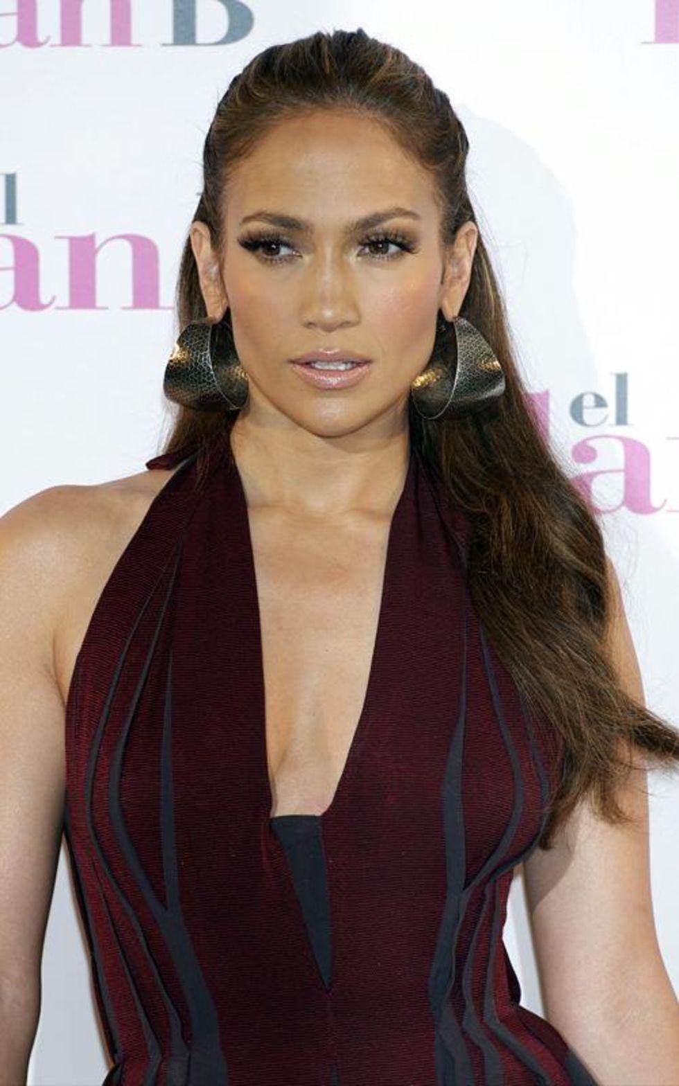 Jennifer Lopez 2010 : jennifer-lopez-candids-in-spain-12