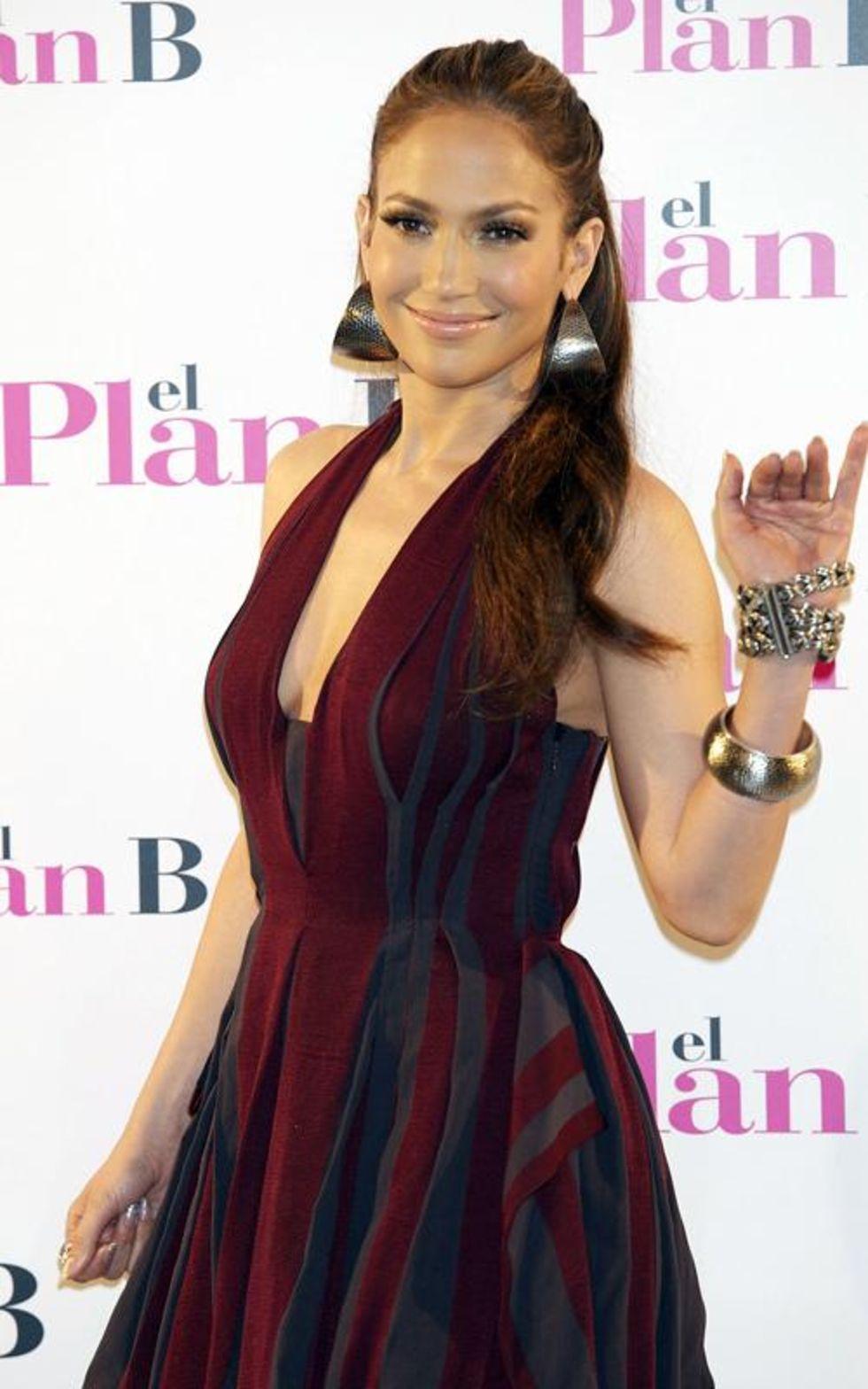 Jennifer Lopez 2010 : jennifer-lopez-candids-in-spain-13
