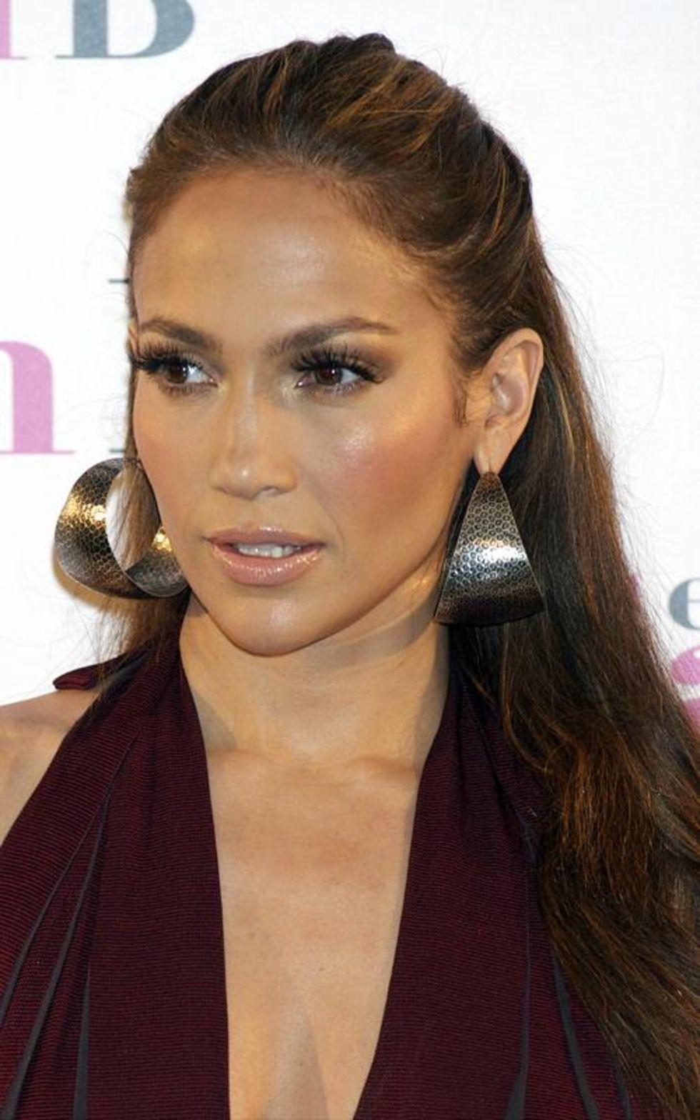 Jennifer Lopez 2010 : jennifer-lopez-candids-in-spain-14