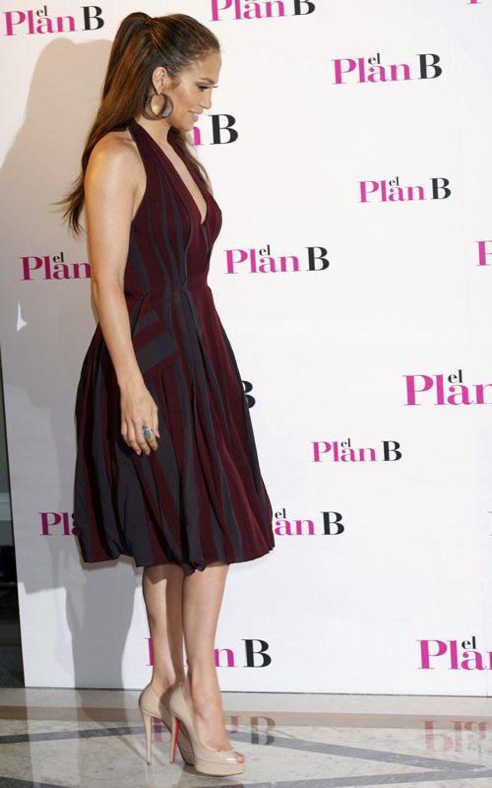 Jennifer Lopez 2010 : jennifer-lopez-candids-in-spain-15