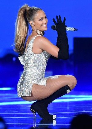Jennifer Lopez - Fashion Rocks 2014 Performance [adds]