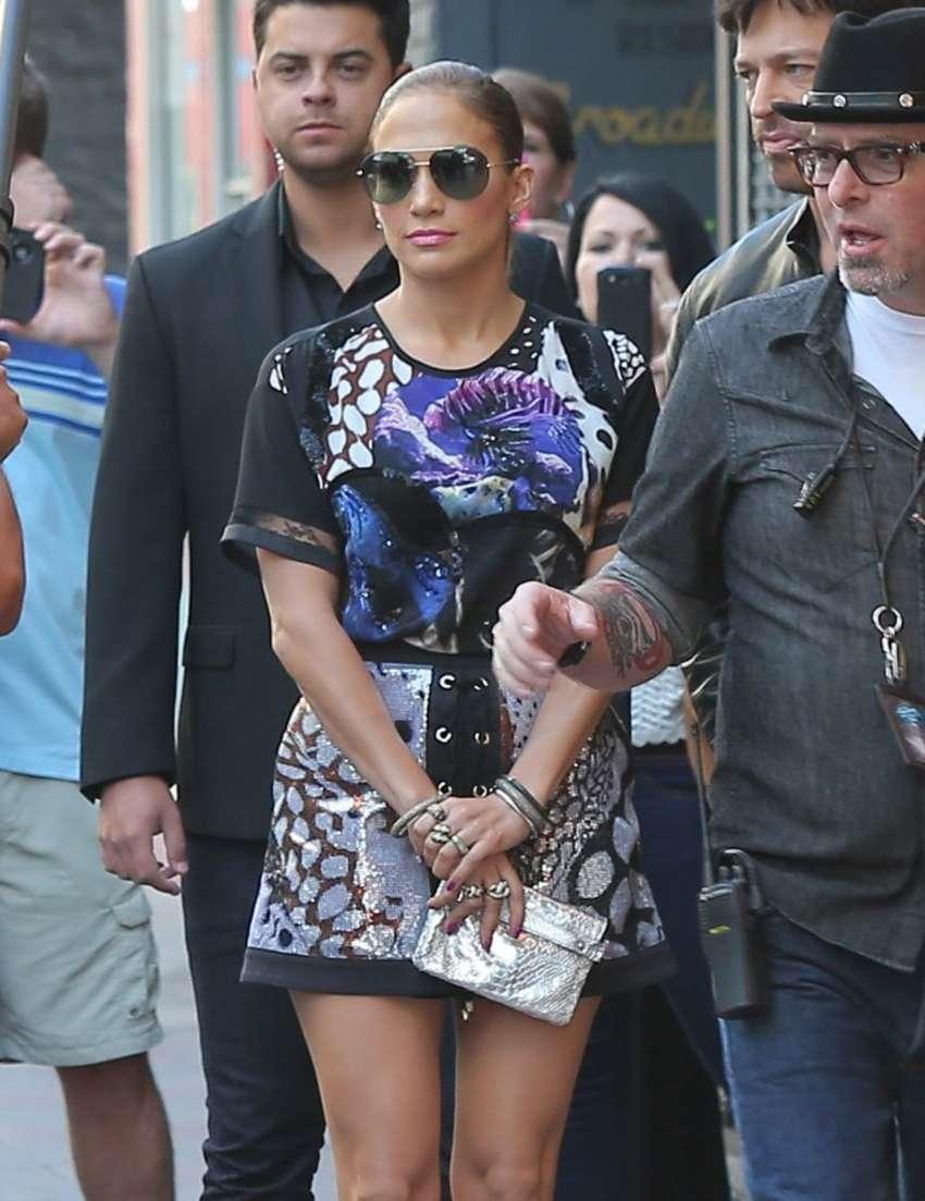 Jennifer Lopez 2014 : Jennifer Lopez in Mini Dress on American Idol set -05