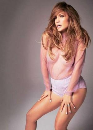 Jennifer Lopez: Glamour UK -01