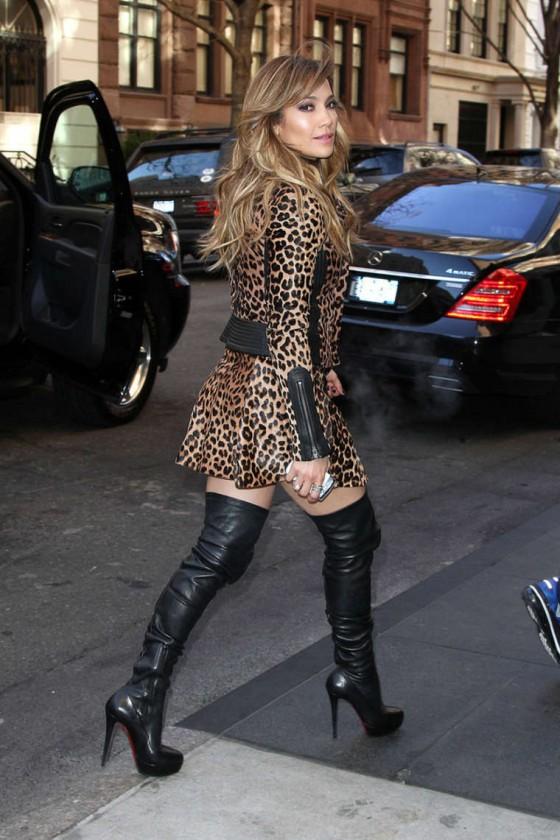 Jennifer Lopez In Leopard Print Dress And Boots 07 Gotceleb