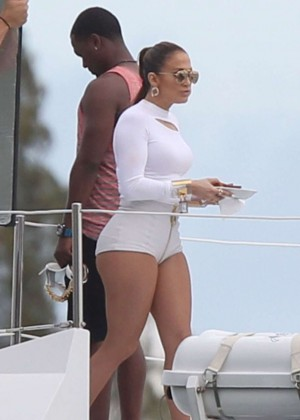 Jennifer Lopez Hot In White Shorts On A Yacht -11