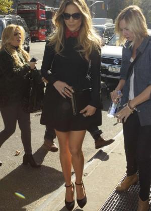 Jennifer Lopez - Leaving her Hotel in NY