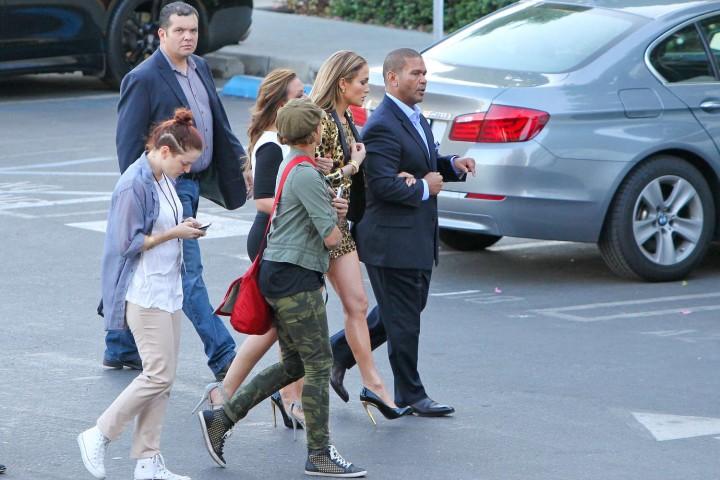 Jennifer Lopez: Leggy in Short Dress -06