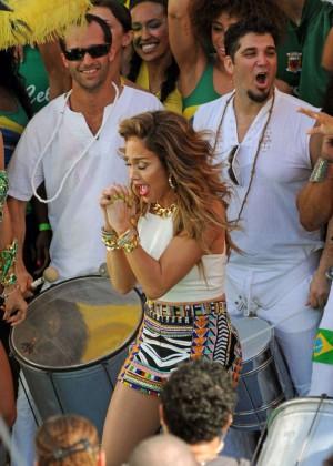 Jennifer Lopez: FIFA World Cup Brazil set -03