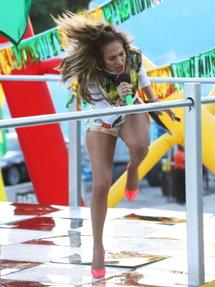 Jennifer Lopez: FIFA World Cup Brazil set -14