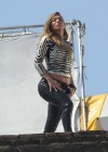 jennifer-lopez-on-the-set-of-follow-the-leader-in-acapulco-05