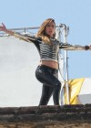 jennifer-lopez-on-the-set-of-follow-the-leader-in-acapulco-12