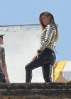 jennifer-lopez-on-the-set-of-follow-the-leader-in-acapulco-17