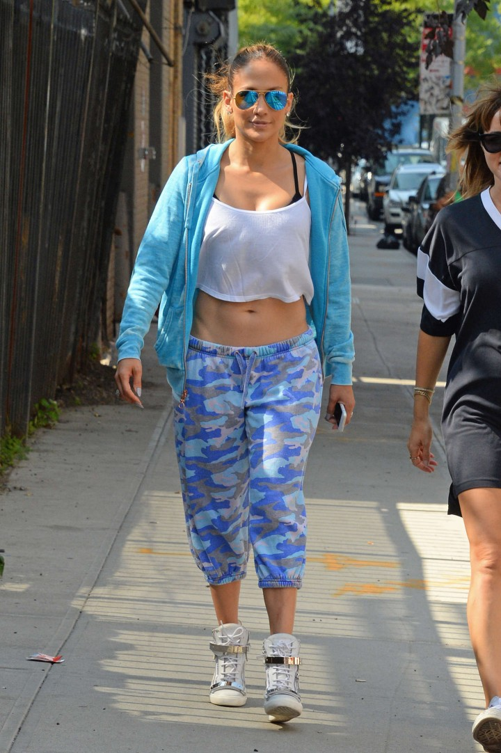 Jennifer Lopez With Her Sister Lynda in NYC 03182019