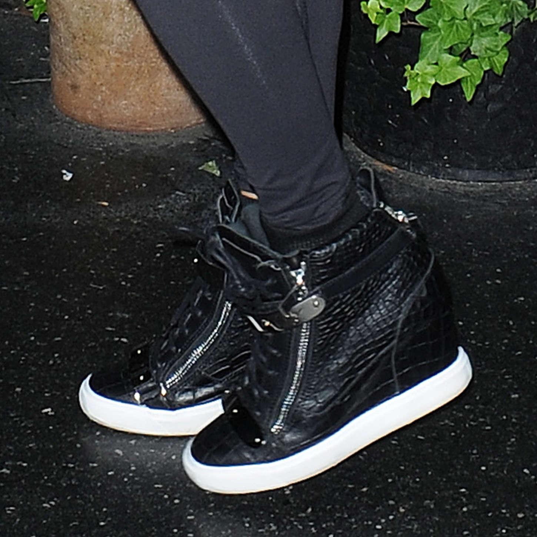 Jennifer Lopez 2014 : Jennifer Lopez in Black Tights -11