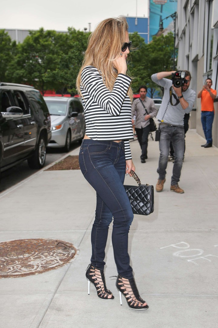 Jennifer Lopez out in NYC
