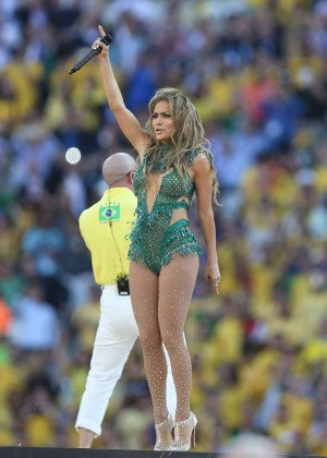 Jennifer Lopez and Claudia Leitte - Brazil 2014 -01