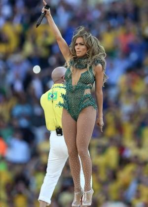 Jennifer Lopez and Claudia Leitte - Brazil 2014 -09