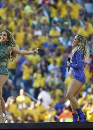 Jennifer Lopez and Claudia Leitte - Brazil 2014 -28