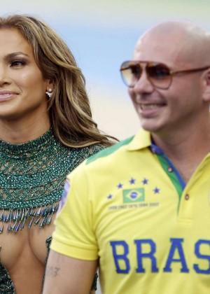 Jennifer Lopez and Claudia Leitte - Brazil 2014 -30