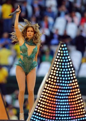 Jennifer Lopez and Claudia Leitte - Brazil 2014 -34