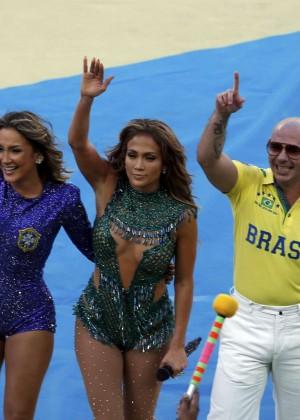 Jennifer Lopez and Claudia Leitte - Brazil 2014 -39