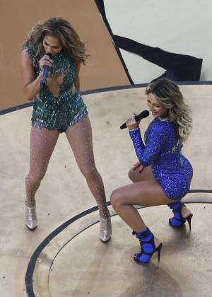 Jennifer Lopez and Claudia Leitte - Brazil 2014 -47