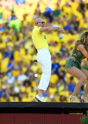 Jennifer Lopez and Claudia Leitte - Brazil 2014 -59