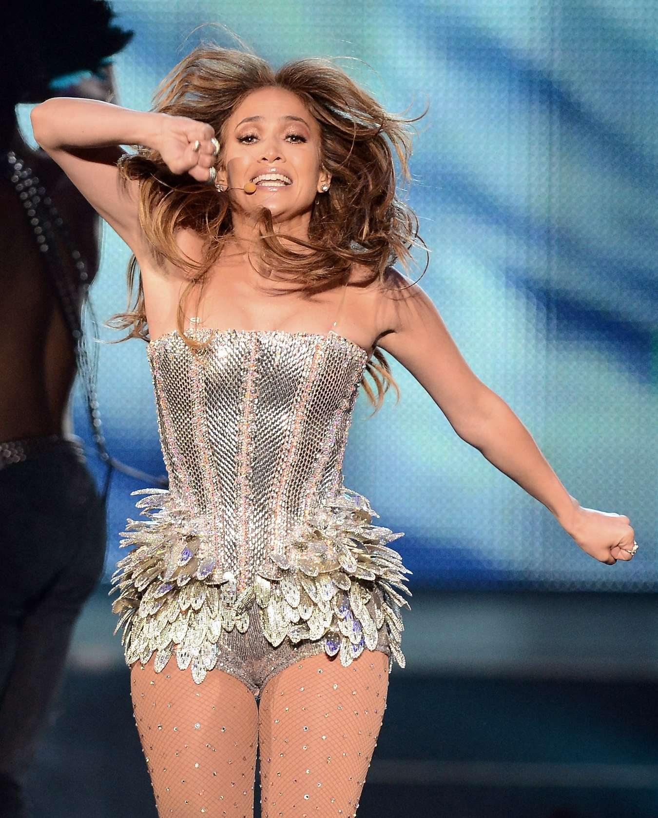 Jennifer lopez hot photos on stage 15 gotceleb Where does jennifer lopez live
