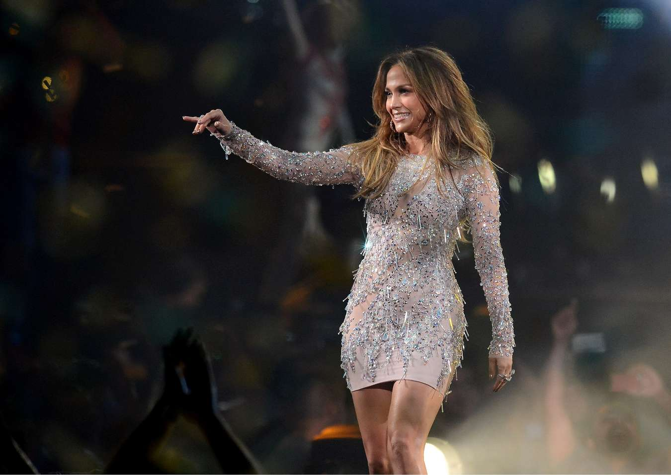 Jennifer lopez hot photos on stage 17 gotceleb Where does jennifer lopez live