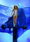 Jennifer Lopez - Hot photos on stage-26