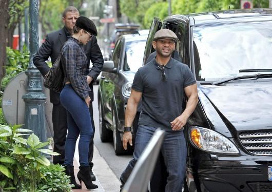 Jennifer Lopez 2010 : jennifer-lopez-tight-pants-candids-in-monaco-07