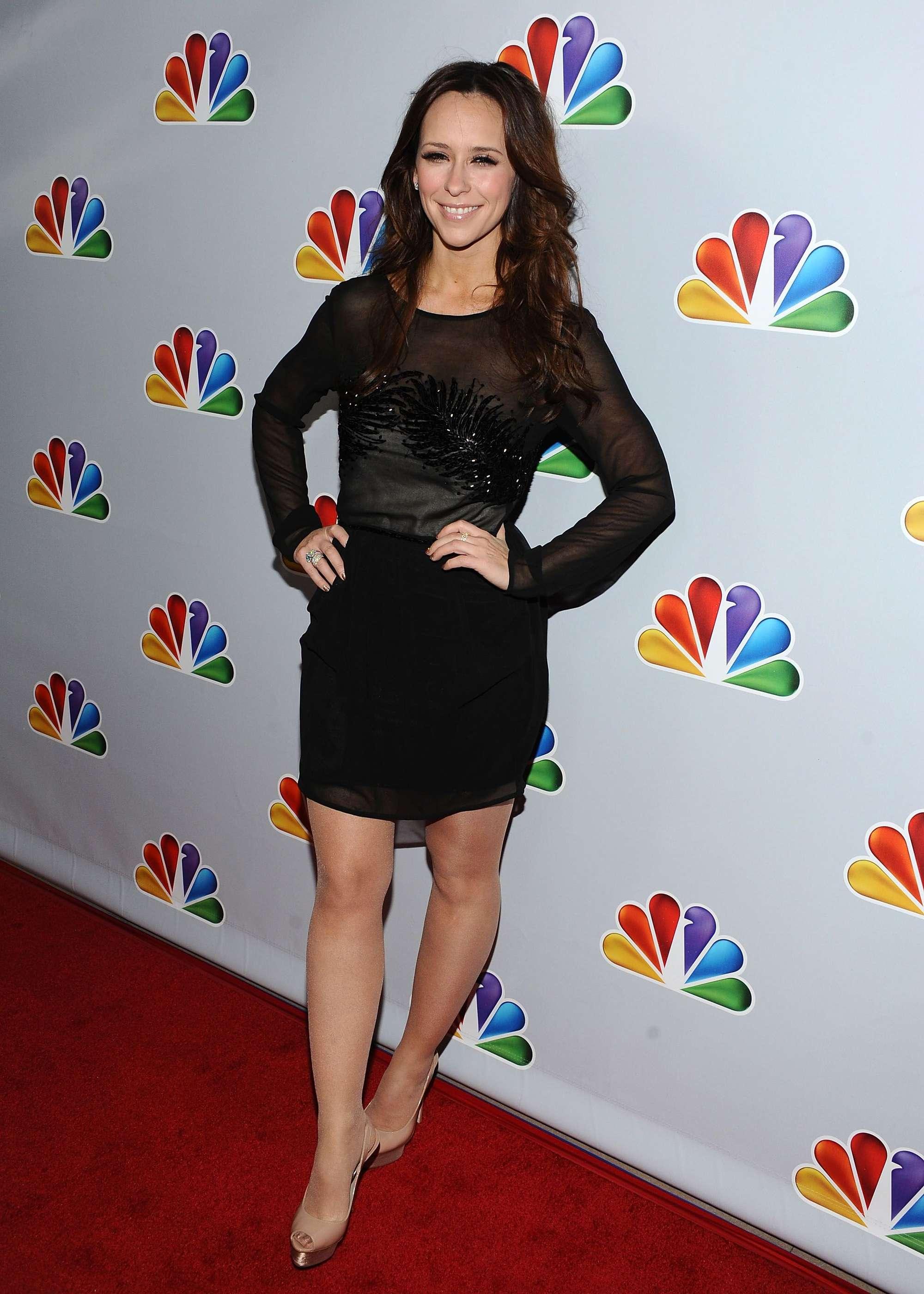 Jennifer Love Hewitt Hot In Black Dress At Betty Whites