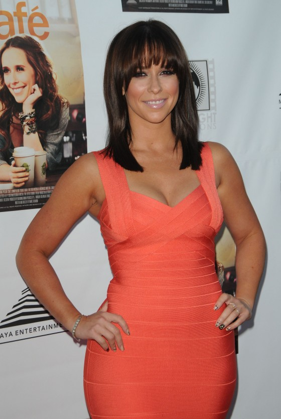Jennifer Love Hewitt 2011 : Jennifer Love Hewitt In Hot Orange Herve Leger dress-03