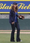 Jennifer Love Hewitt in jeans on the set of The Client List in Long Beach -25