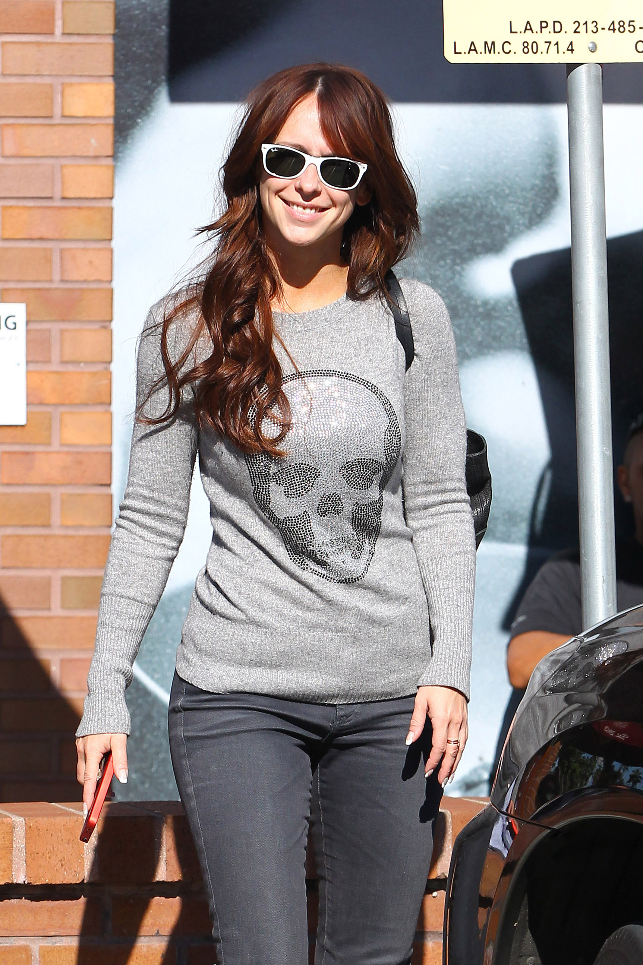 Jennifer Love Hewitt 2011 : Jennifer Love Hewitt – Tight Jeans Candids in LA-14