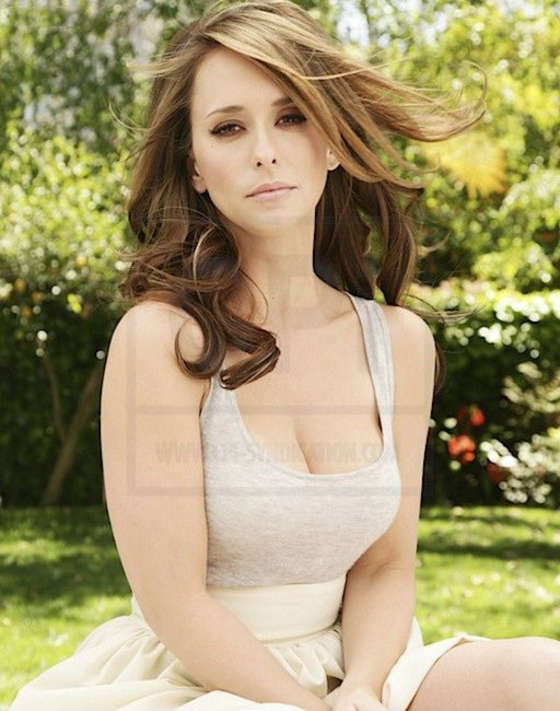 Jennifer Love Hewitt 2012 : Jennifer Love Hewitt – TV Guide Photoshoot 2012-03