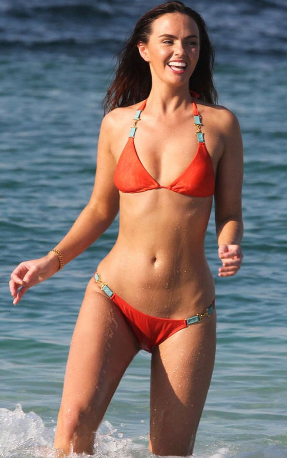 Jennifer Metcalfe Bikini Photos: Dubai