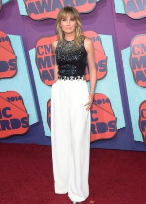 Jennifer Nettles: 2014 CMT Music Awards -07