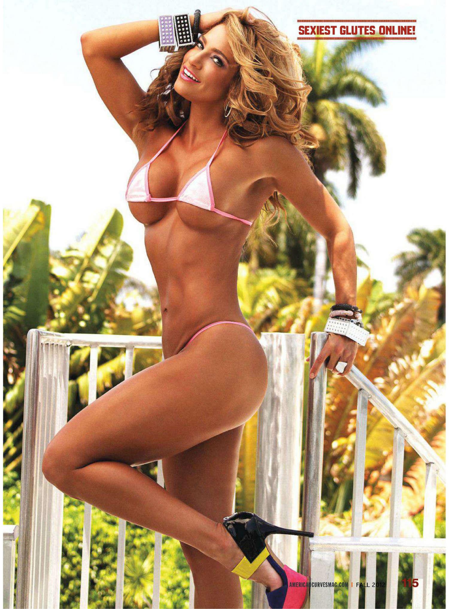 Фитнес бикини голая