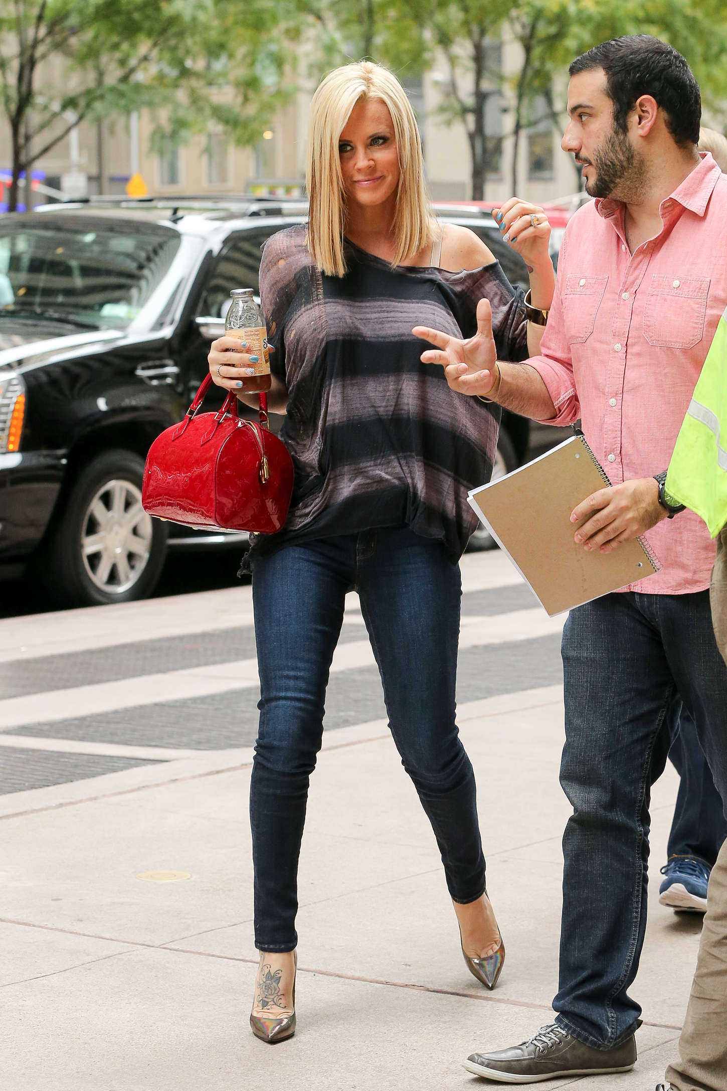 Jenny Mccarthy In Jeans At Siriusxm Studios 12 Gotceleb