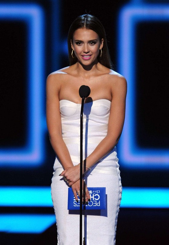 Jessica Alba: 2014 Peoples Choice Awards -01
