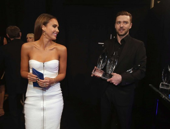 Jessica Alba: 2014 Peoples Choice Awards -03