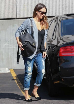Jessica Alba in Ripped Jeans at Rite Aid in Beverly Hills