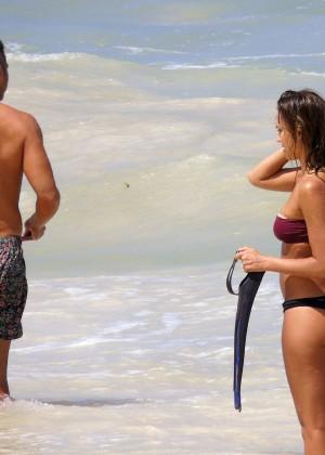 Jessica Alba bikini 2014 Mexico -12