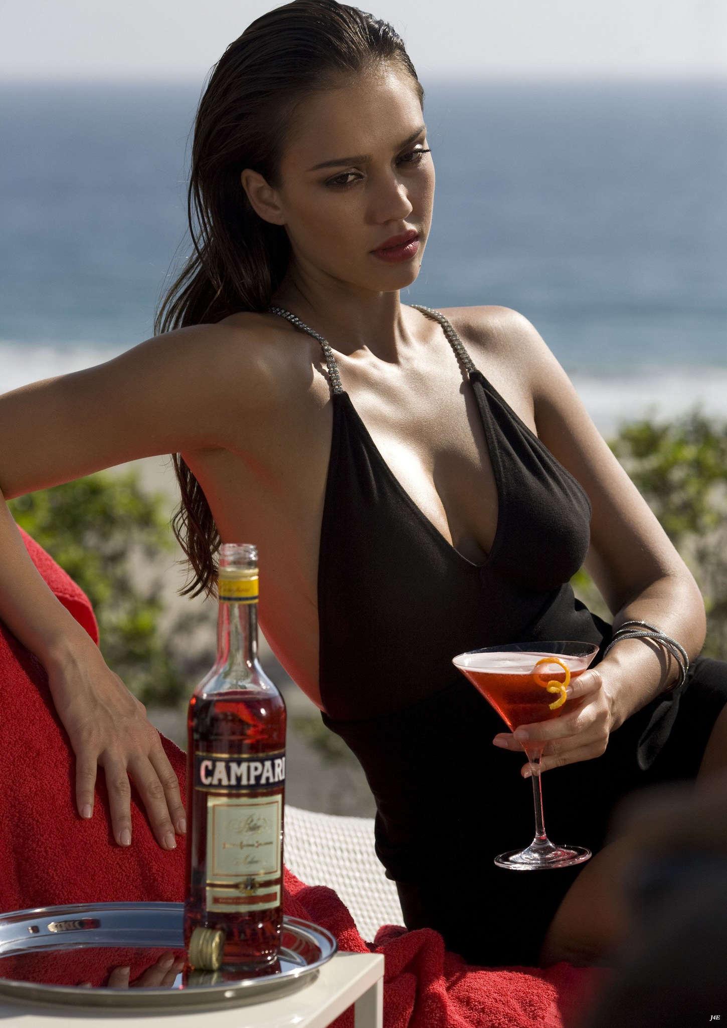 Jessica Alba 2014 : Jessica Alba: Compari Calender 2009 -07